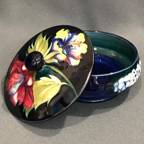 Moorcroft Old Orchid Pattern Lidded Dish image-2