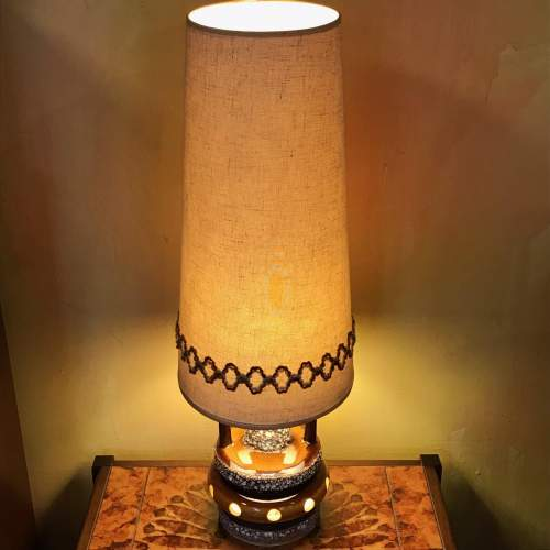 1970s Retro Lava Glazed Table Lamp with Original Shade image-1