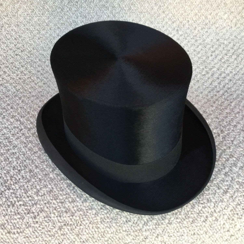 8ebb1e5e5d6 1930s Top Hat by Leonards of London - Vintage Clothes   Mannequins ...