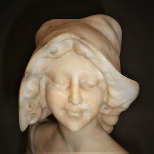 An Elegant Early 20th Century Viennese Alabaster Bust of a Young Lady image-3
