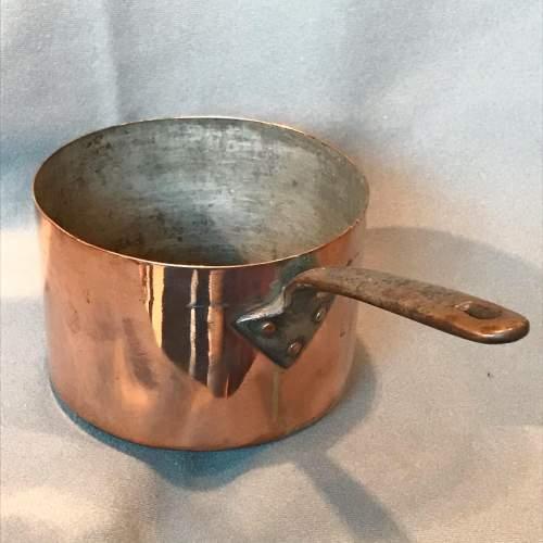 Set of Three Victorian Copper Saucepans image-4