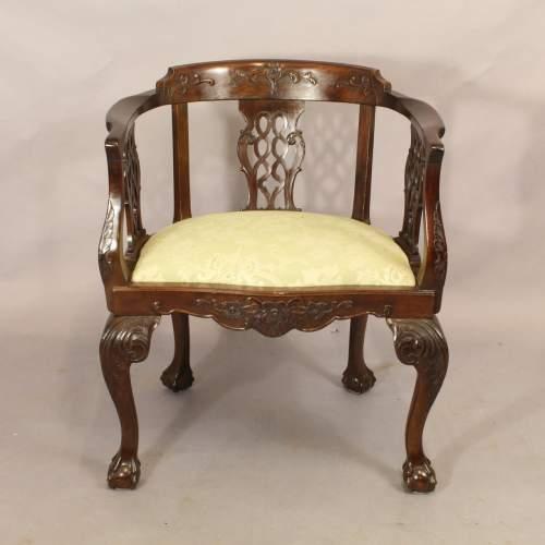 Pair Chairs - 4.jpg