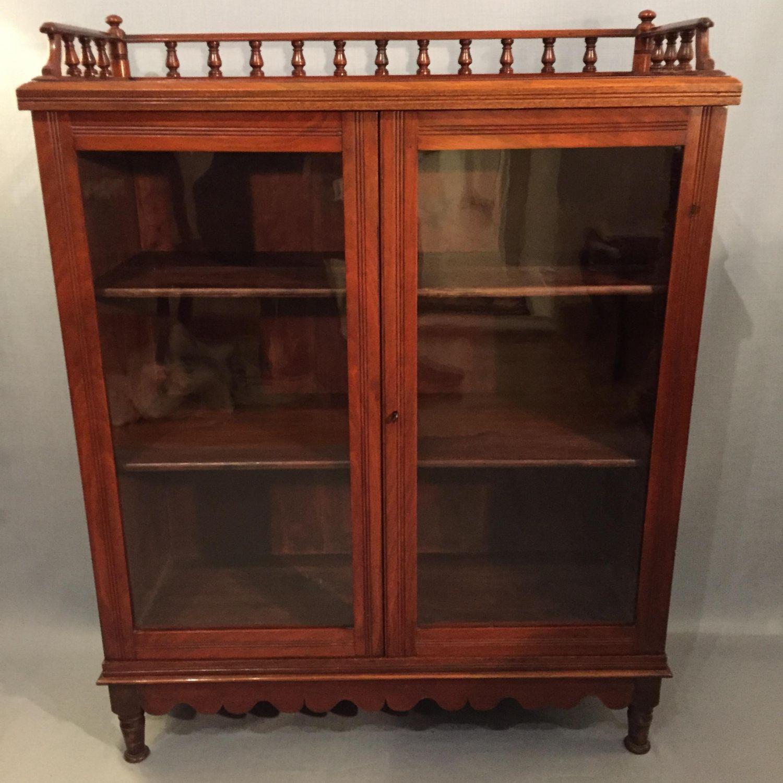 Small Edwardian Walnut Bookcase Img 2468 Jpg