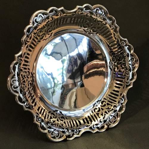 Good Quality Pierced Silver Bowl image-2