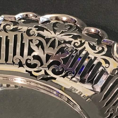 Good Quality Pierced Silver Bowl image-6
