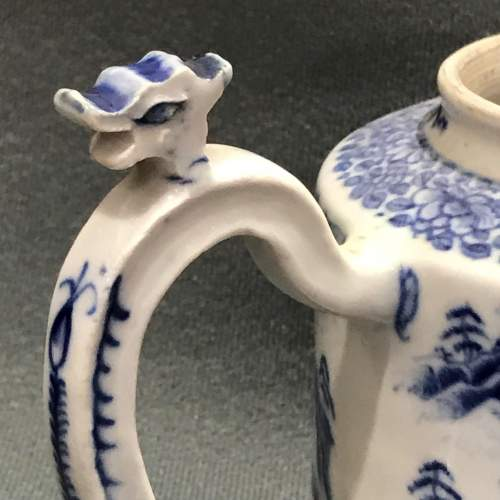 Qianlong Period Chinese Blue and White Teapot image-2