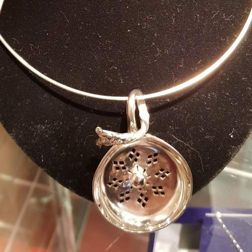 Tea strainer pendant (4).jpg