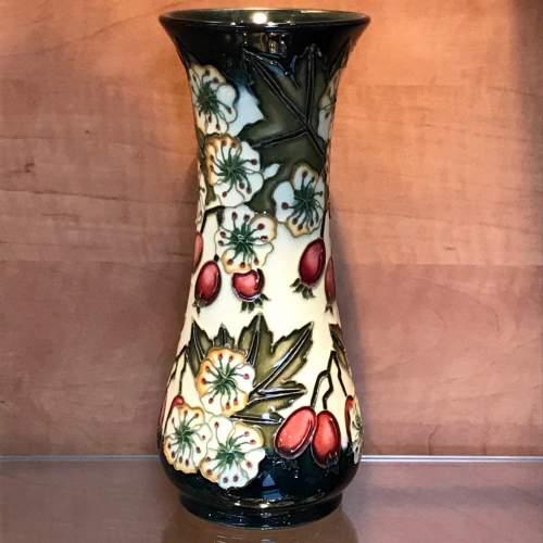 Moorcroft Hawthorne Vase for Liberty image-4