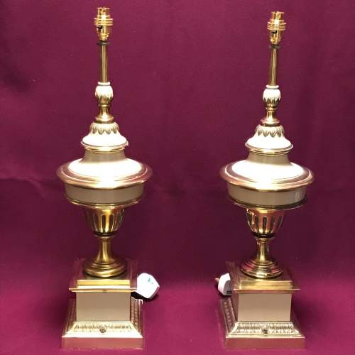 Pair of 20th Century White and Brass Lamps image-1