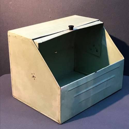 Vintage Green Enamel Coated Bread Bin image-3