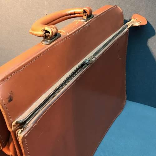Vintage Tan Cowhide Leather Briefcase image-5