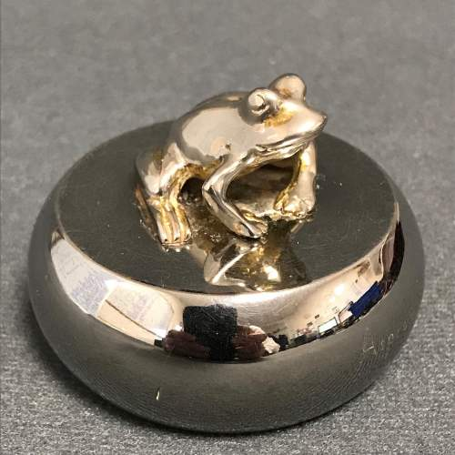 Aspreys Silver Plated Rotating Paperweight of a Frog image-1