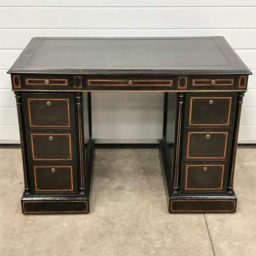 Good Quality 19th Century Ebonised Mahogany Pedestal Desk image-1