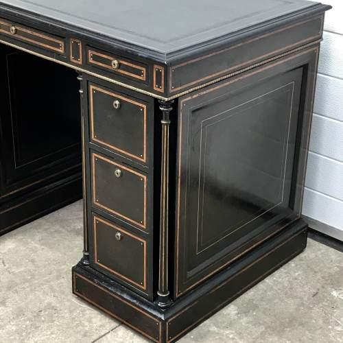Good Quality 19th Century Ebonised Mahogany Pedestal Desk image-2
