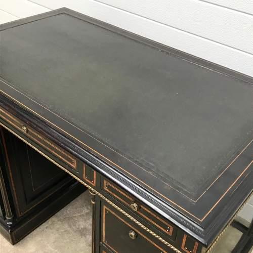 Good Quality 19th Century Ebonised Mahogany Pedestal Desk image-4
