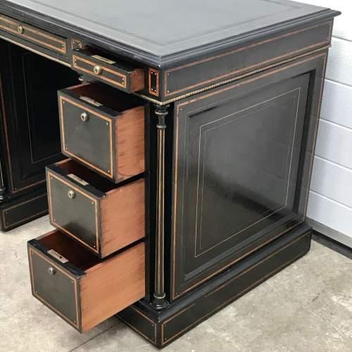 Good Quality 19th Century Ebonised Mahogany Pedestal Desk image-3