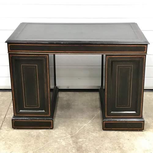 Good Quality 19th Century Ebonised Mahogany Pedestal Desk image-5