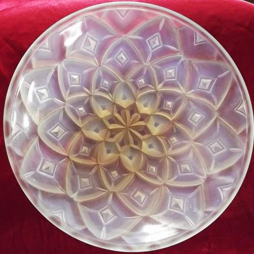 French Art Deco Hunebelle Opalescent Glass Geometric Dahlia Bowl image-1