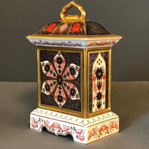 Royal Crown Derby Old Imari Pattern Clock image-4