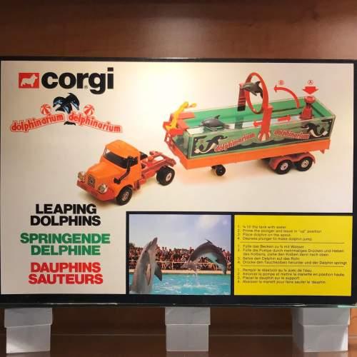 Rare Corgi 1164 Dolphinarium Set image-4