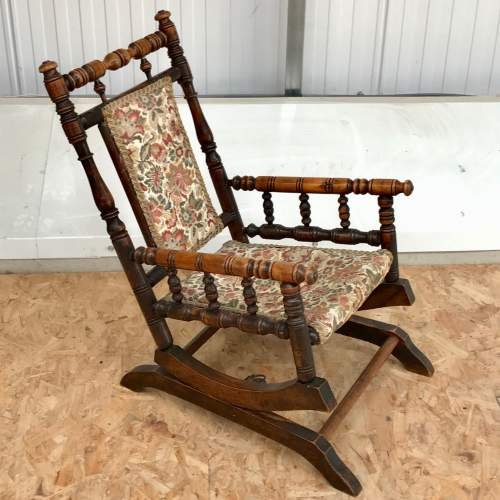 Antique American Style Childs Rocking Chair image-1