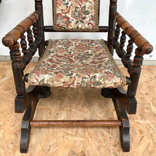 Antique American Style Childs Rocking Chair image-3