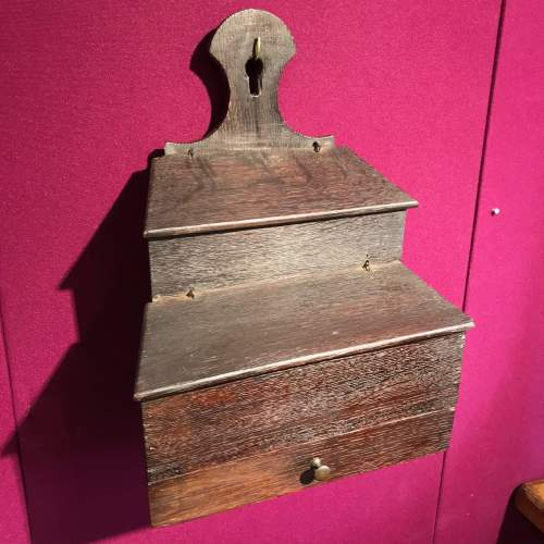 Queen Anne Period Wall Mounted Oak Storage Box image-4