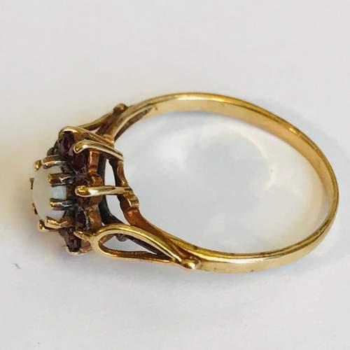9ct Gold Garnet Opal Cluster Ring image-3