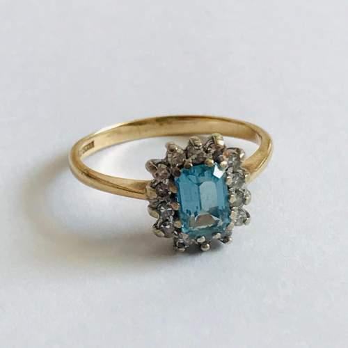 9ct Gold Diamond Blue Zircon Rectangular Cluster Ring image-1