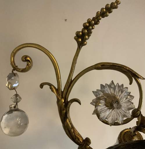 French Floral Foliage Ornate Brass Chandelier image-4
