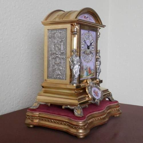 19th Century Silvered and Gilded Bronze Mantel Clock image-2