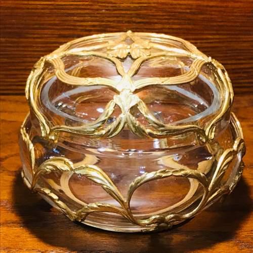 Fine Quality French Crystal Powder Box image-1