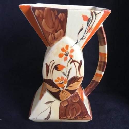 Myott bowtie vase Code 69 3 jpeg.jpg