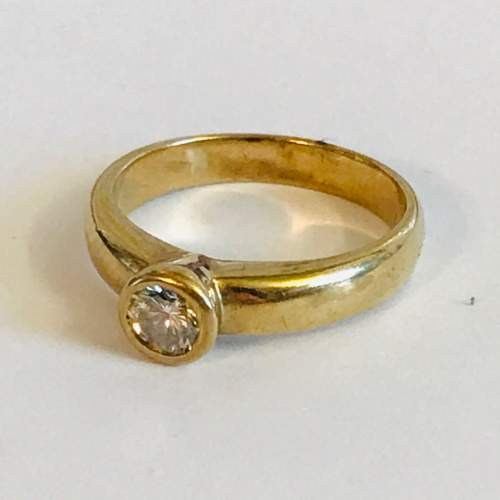 18ct Gold Diamond Solitaire Ring image-1