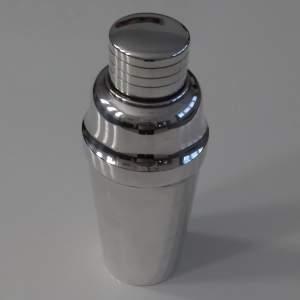 shaker 1.jpg