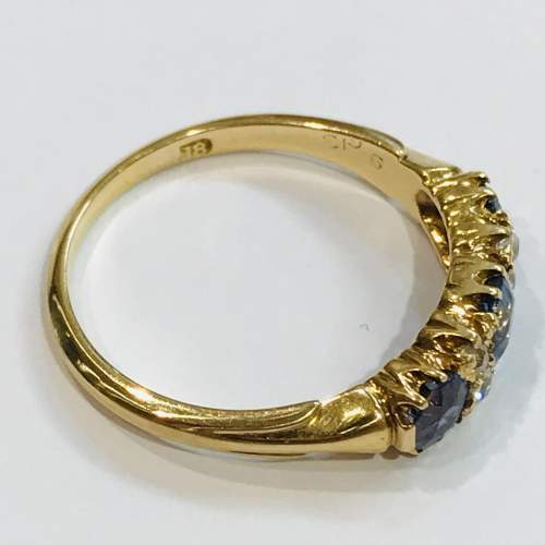 Late 19th Century 18ct Gold Diamond and Sapphire Ring image-3