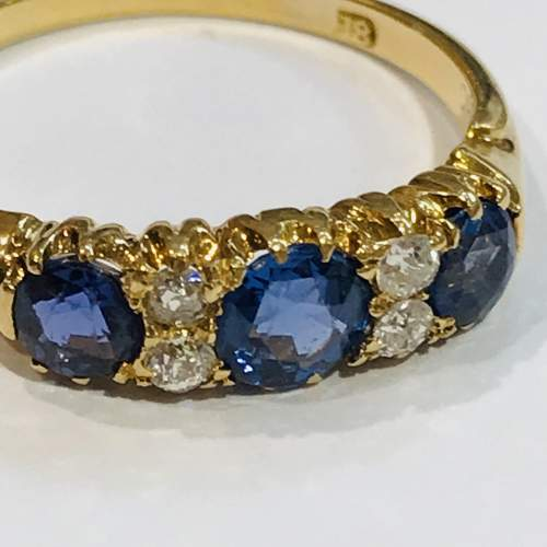 Late 19th Century 18ct Gold Diamond and Sapphire Ring image-2