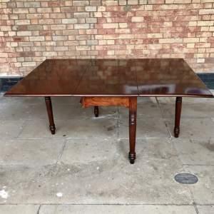William IV Period Drop Leaf Dining Table