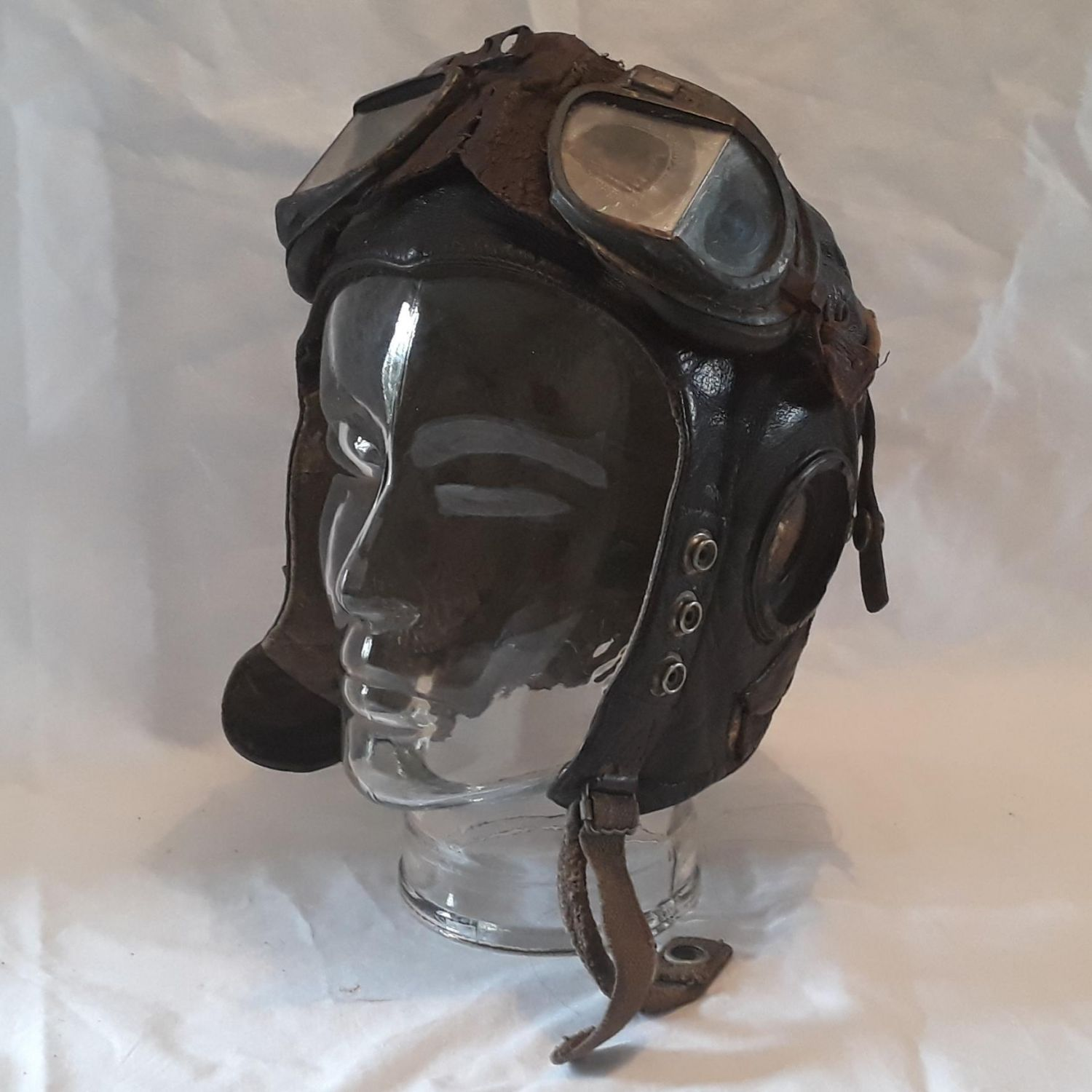 RAF WW2 'C' Type Flying Helmet and Mk111 Leather Flying Goggles
