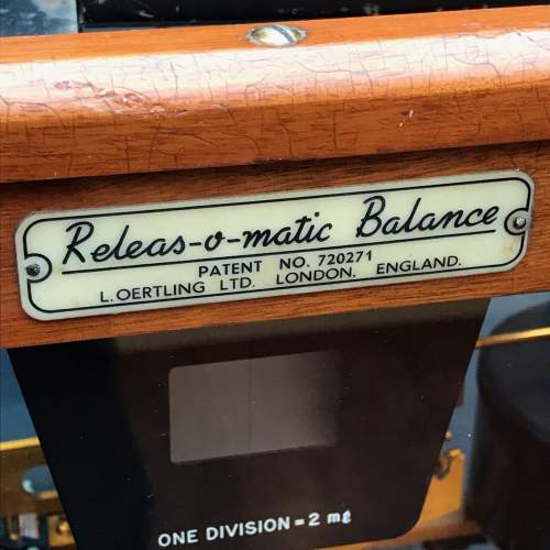 Releas O Matic Balance Scales in Case image-2