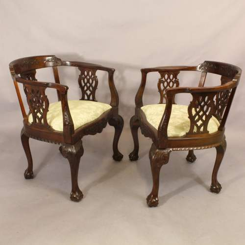 Pair Chairs - 2.jpg
