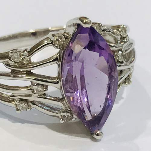 9ct White Gold Diamond and Amethyst Ring image-2