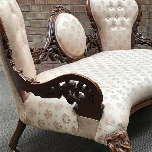 Victorian Walnut Double Ended Chaise Longue image-4