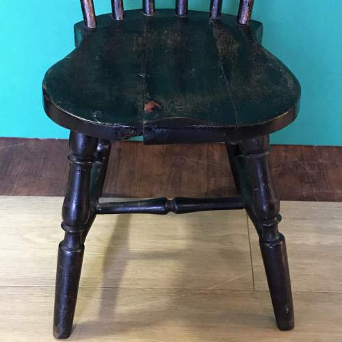 19th Century Spindle Back Childs Chair image-3
