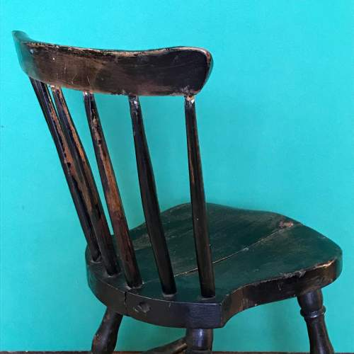 19th Century Spindle Back Childs Chair image-4