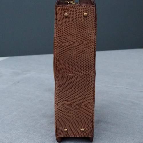 Late 1950's Tan Riviera Handbag. image-4