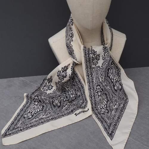 Vintage Silk Paisley Jacqmar Scarf image-4
