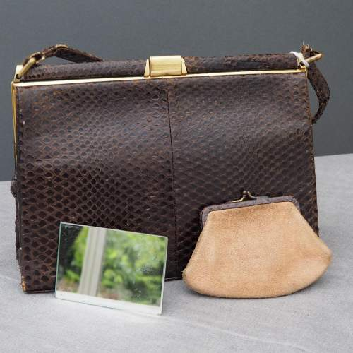 Dark Brown 1940's/50's Fassbender Handbag image-3