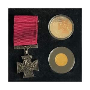 """""""Victoria Cross"""" commemorative coin set"""