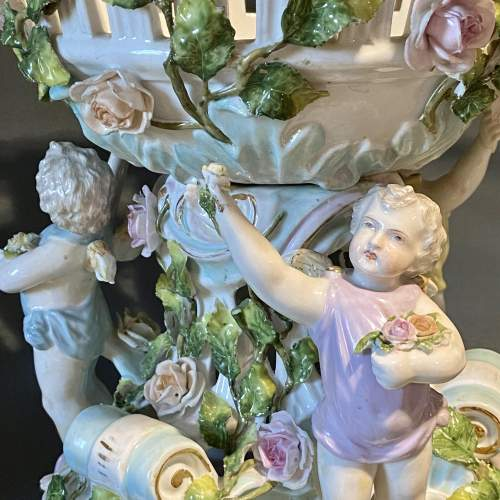 Early 20th Century Large Dresden Porcelain Centrepiece image-2